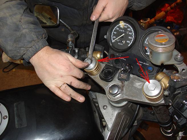 масло в двигатель honda bros 650
